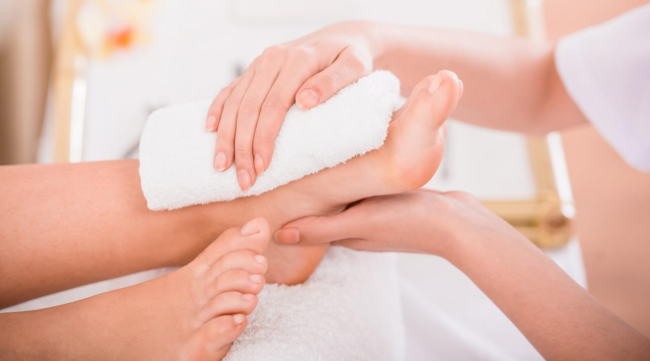 Spa Pedicure & Manicure